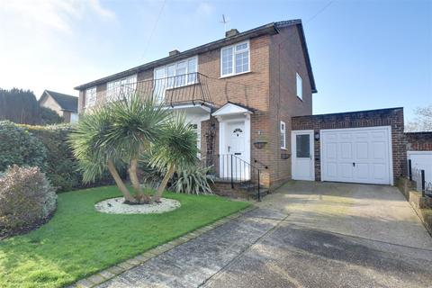 3 bedroom semi-detached house for sale - Wingate Close, St. Leonards-On-Sea