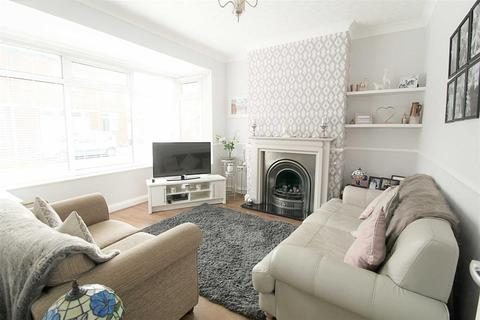 3 bedroom semi-detached house for sale - Unity Avenue,Hessle