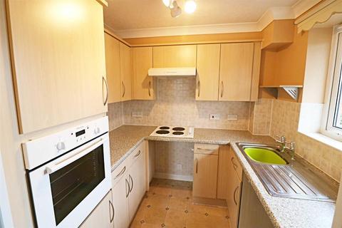 1 bedroom retirement property for sale - Shardeloes Court,Cottingham