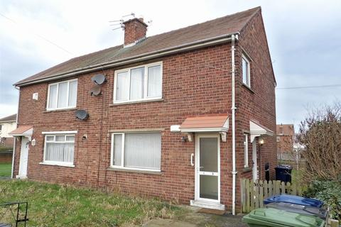 1 bedroom ground floor flat for sale - Perth Avenue, Scotch Estate, Jarrow, Tyne and Wear, NE32 4AJ