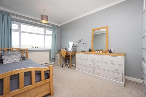 3 bedroom detached house for sale - Burns Drive, Dronfield Hilltop , Dronfield, S18 1NJ