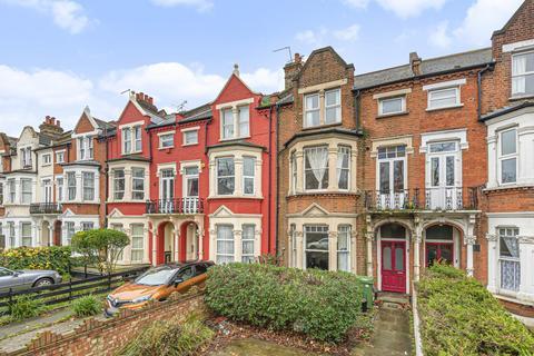 2 bedroom flat for sale - Poynders Road, Clapham