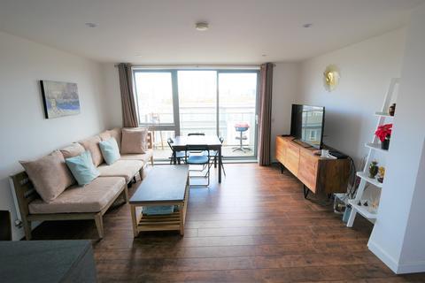 2 bedroom flat to rent - New Festival Quarter, London E14