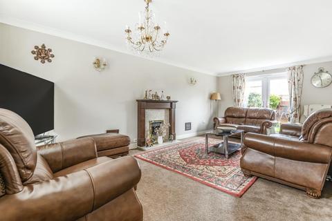 4 bedroom detached house for sale - Newbury,  Berkshire,  RG19