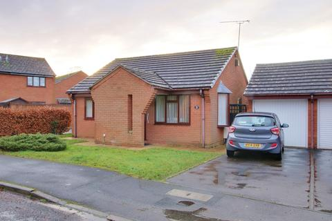 2 bedroom detached bungalow for sale - Romsey