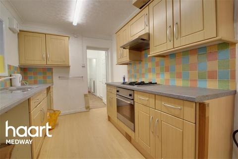 3 bedroom terraced house to rent - Gillingham road, Gillingham, ME7