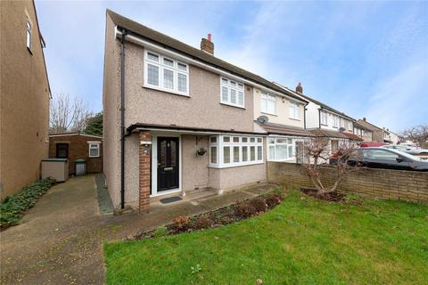 3 bedroom semi-detached house for sale - Coniston Way, Hornchurch, RM12