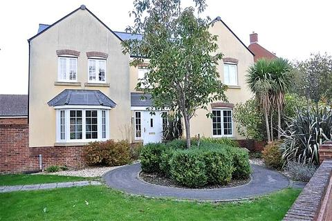 4 bedroom detached house for sale - Charmind Walk, Winterbourne Road, Swindon, Wiltshire, SN25