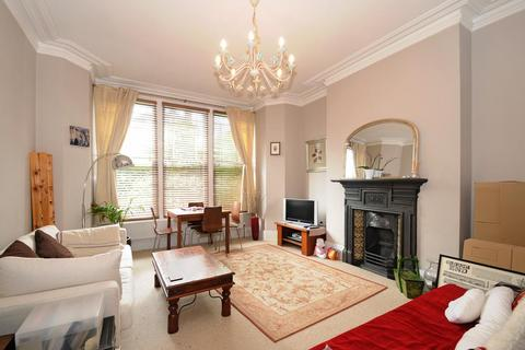 2 bedroom flat to rent - Albany Road Stroud Green N4