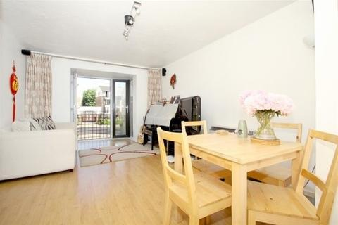 2 bedroom flat share to rent - Ironmongers Place, Isle of Dogs