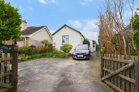 3 bedroom detached bungalow for sale - Daniell Road, Truro