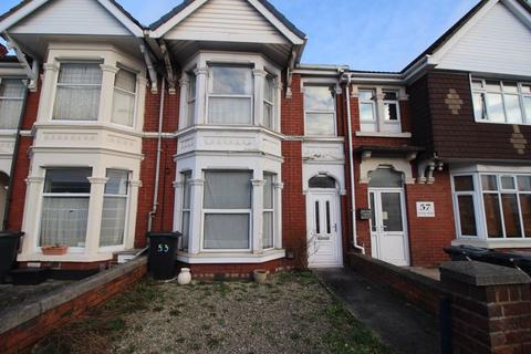 2 bedroom property to rent - County Road, Swindon