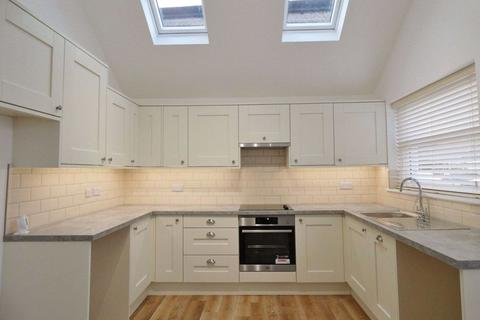 1 bedroom flat to rent - Ocklynge Road