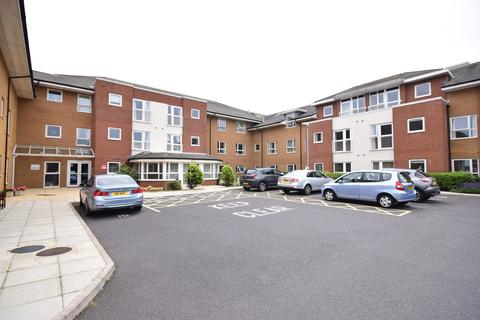 2 bedroom apartment for sale - Frobisher Drive, Lytham St Annes, FY8