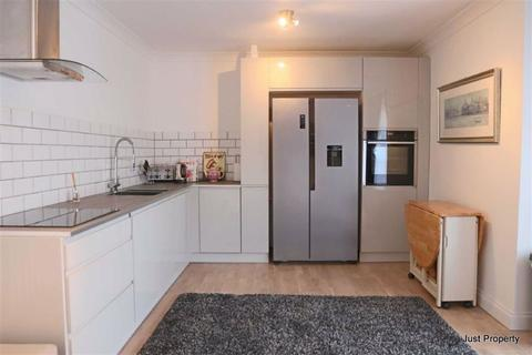 2 bedroom apartment for sale - Magdalen Road, Bexhill On Sea
