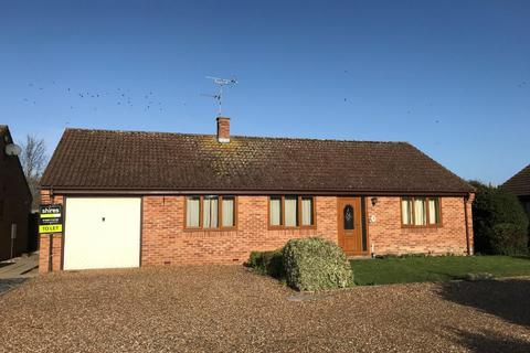 3 bedroom detached bungalow to rent - Beech Close, Isleham