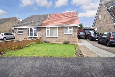 2 bedroom semi-detached bungalow for sale - Burbage Ave, Hull, HU8