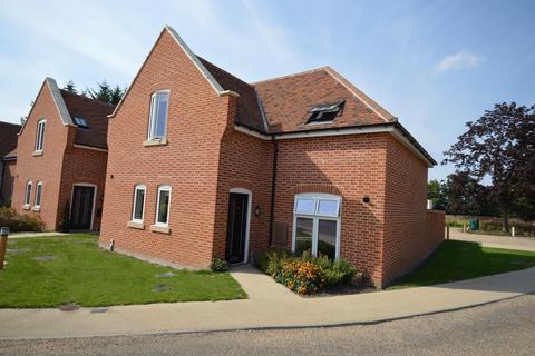 3 bedroom semi-detached house for sale - Danbury Palace Drive, Danbury, Chelmsford, CM3