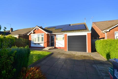 3 bedroom detached bungalow for sale - Mount Pleasant, Chesterton, Newcastle