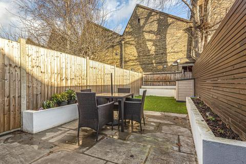 2 bedroom flat for sale - Mansell Road, Acton