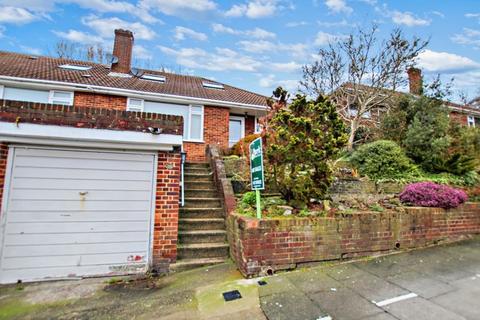 3 bedroom semi-detached bungalow for sale - Broom Mead, Bexleyheath