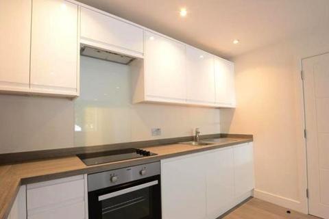 2 bedroom flat to rent - ST JOHN'S HILL , ,