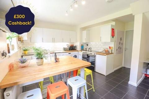 9 bedroom semi-detached house to rent - The Crescent, Brighton