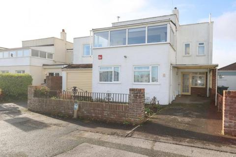 4 bedroom detached house for sale - Sandy Beach Estate, Hayling Island