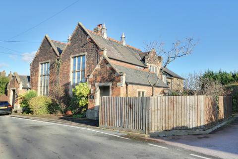3 bedroom semi-detached house for sale - Church Lane, Upminster