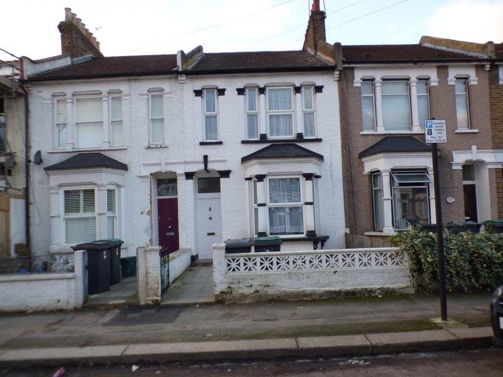 3 bedroom terraced house