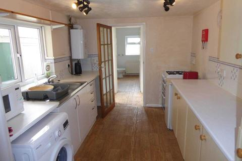 4 bedroom house to rent - Blenheim Road, Reading