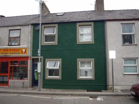 7 Bedrooms Terraced House for sale in Bangor Street, Y Felinheli, North Wales