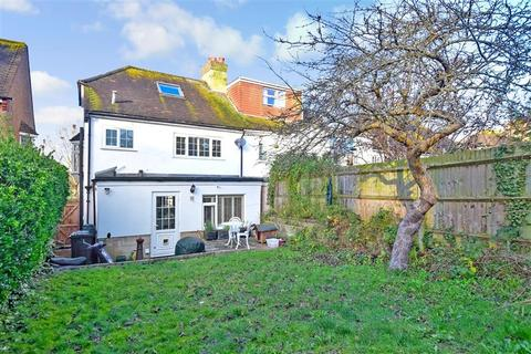 4 bedroom semi-detached house for sale - Lower Bevendean Avenue, Brighton, East Sussex