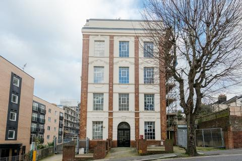 2 bedroom flat for sale - Coombe Road, Brighton, , BN2