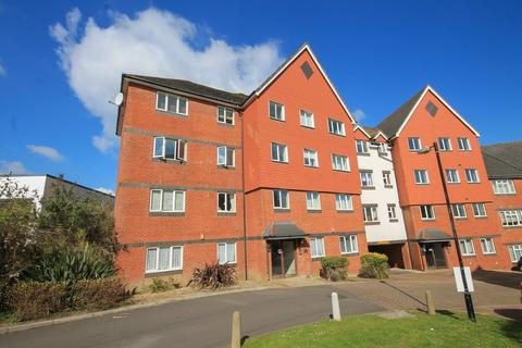 2 bedroom apartment for sale - Tower Close, East Grinstead