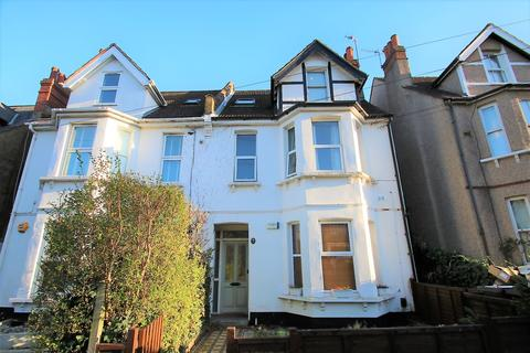 2 bedroom flat to rent - Blenheim Park Road,