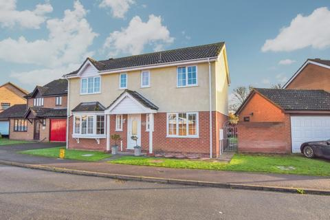 4 bedroom detached house for sale - Eldred Drive, Great Cornard CO10 0YZ