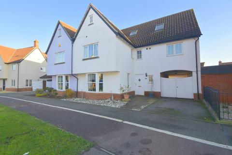 5 bedroom semi-detached house for sale - Abell Way, Chelmsford, CM2 6WU