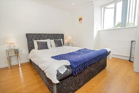 1 bedroom apartment to rent - DE Napier Road - TOWN CENTRE - LU1 1RF