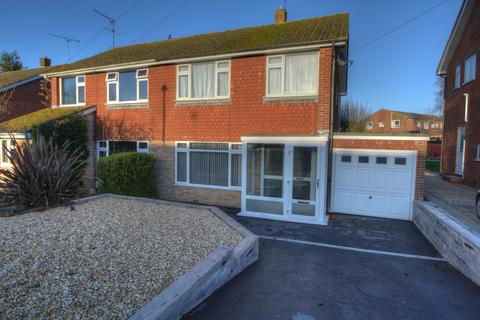 3 bedroom semi-detached house to rent - Rushfield Road, Liss