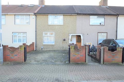 2 bedroom terraced house for sale - Osborne Square, Dagenham