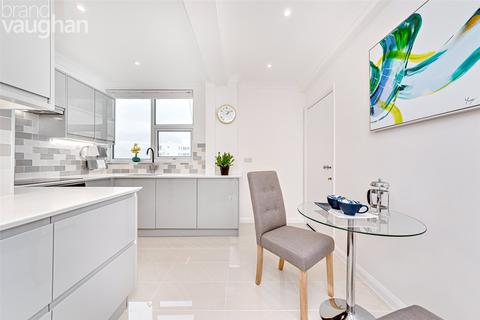 1 bedroom apartment for sale - Marine Gate, Marine Drive, Brighton, East Sussex, BN2