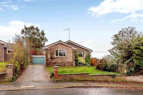 3 bedroom detached bungalow for sale - Bourne Vale, Hungerford, Berkshire, RG17