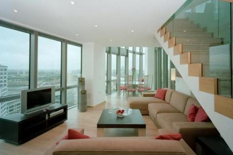 2 bedroom flat to rent - No.1 West india Quay, Canary Wharf, London, E14 9AL