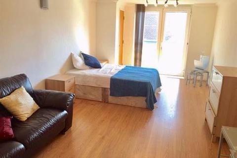 1 bedroom flat to rent - Millenium Drive, London, E14 3GE