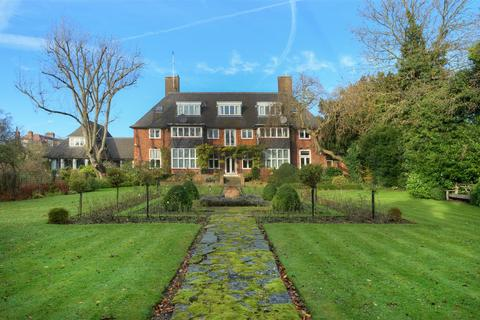 13 bedroom detached house for sale - Linnell Drive, NW11