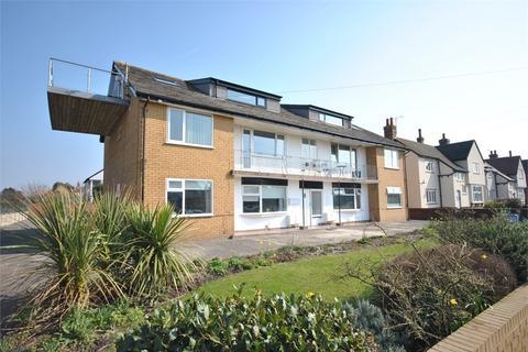 2 bedroom ground floor flat to rent - Croyde Road, Lytham St Annes, FY8
