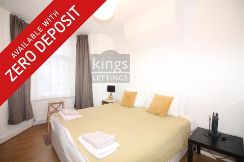 2 bedroom house to rent - Palace Road, London