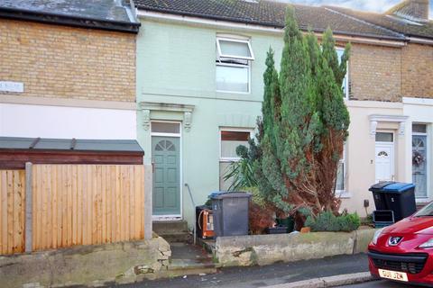 3 bedroom terraced house for sale - Odo Road, Dover