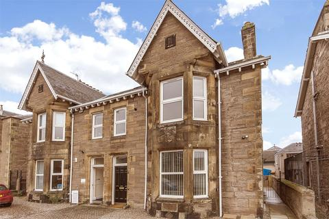 3 bedroom apartment to rent - 49 York Place, Perth, PH2